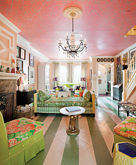 Wallpaper Prints In Pink, Mixing Patterns, Interior Design With Prints