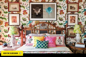 wallpaper, decor with patterns, mixing many prints, interior design with wallpaper
